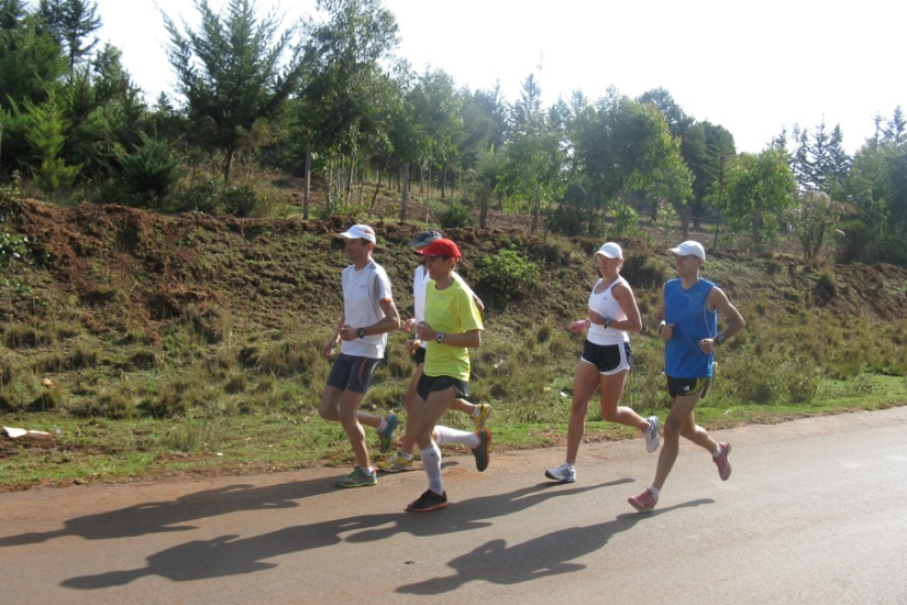 polish-army-marathion-team-kenia-march-2011-5
