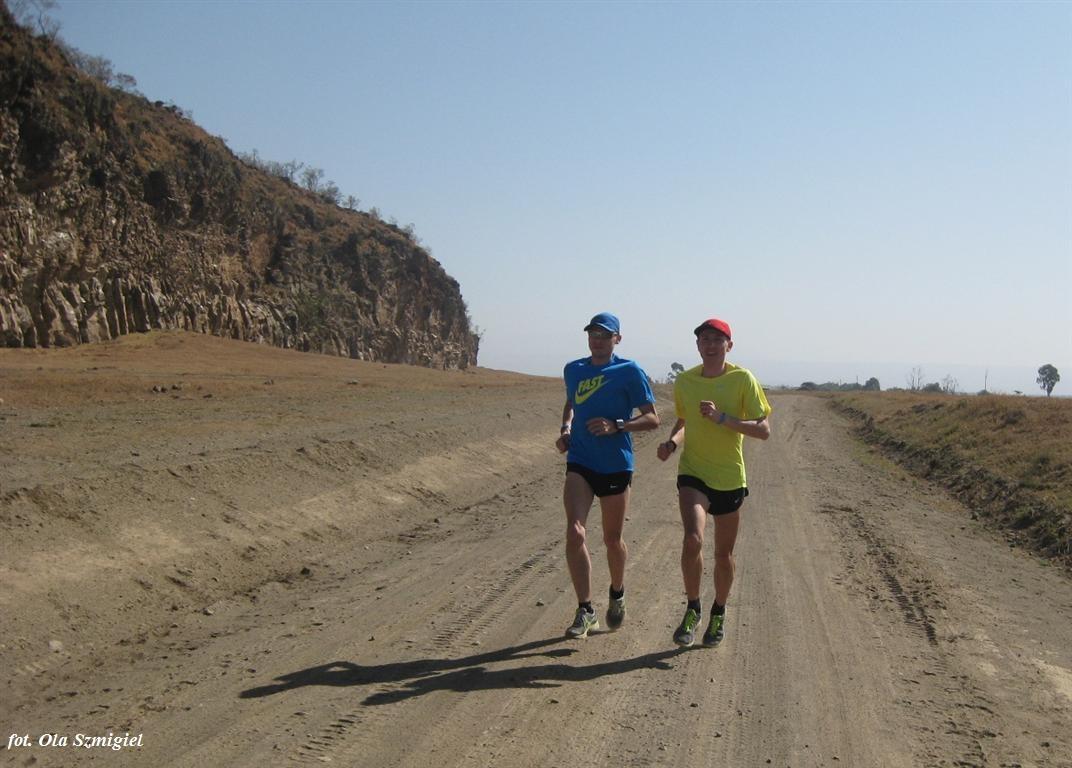 hell's-gate-gizynski-mariusz-kenia-2011 (2)